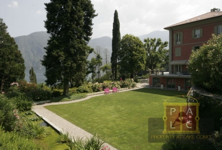 prestigious villa on lake Como for sale